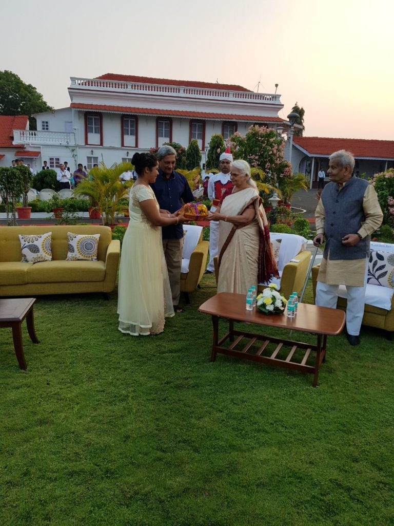 V.P. Navelim receives award for excellent contribution towards Swachh Bharat campaign.